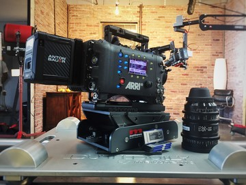 Rent: ARRI Alexa EV Classic Camera Package(including Sigma Prime)