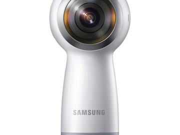 Rent: Samsung Gear 360 4K Spherical VR Camera (2017 Version)