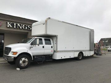 Rent: Ford F650 5-ton Grip Truck w/ Grip/Driver