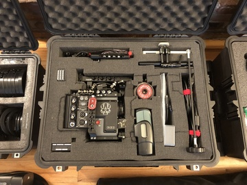 Rent:  RED Scarlet-W (BODY ONLY with EF or PL mount and Wireless)