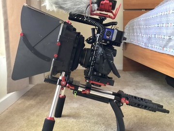 Canon 80D Filmmaker Kit (Mic, Cage & Rig + Canon 50mm F1.4)