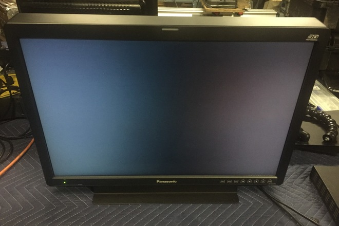 "25.5"" 3D LCD Video Monitor / 1920x1200 Resolution"