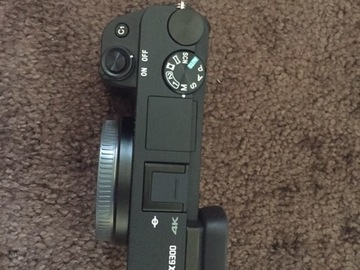 Rent: Sony a6300 Body + Batteries