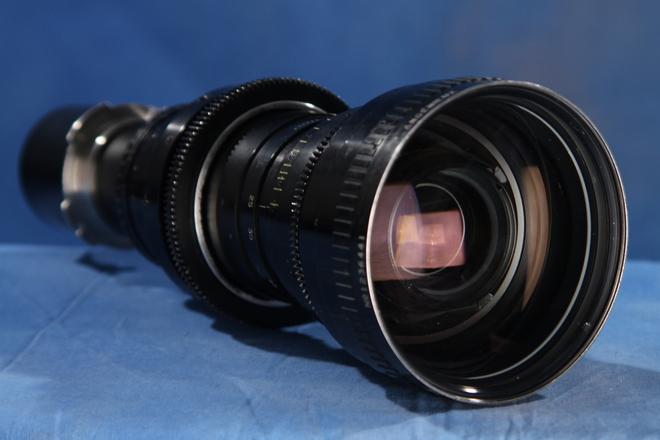 Angenieux 25-250 f3.2 (PL) Zoom / Vintage w/ 4x5  Mattebox