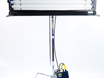 Rent: Kino Flo 4' 4Bank 2 Light System