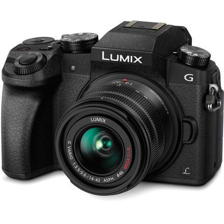 Panasonic Lumix DMC-G7 Digital Camera with tascam dr70