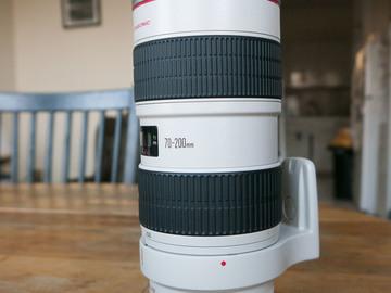 Rent: Canon EF 70-200mm f/2.8L IS I USM Lens