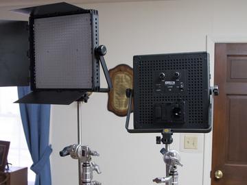 Rent: Fovitec Studio Pro 600 x2