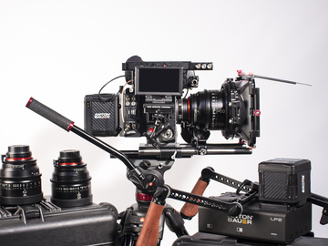 Rent: RED Scarlet-W Full Cinema Package