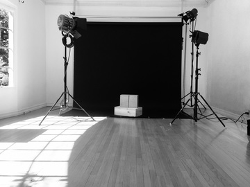 Rent: Photo / Video Studio