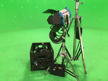Rent: ARRI 650w Fresnel Package