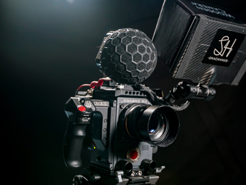 Rent: Red Scarlet-W 5K Handheld Kit  (Light and Tight)
