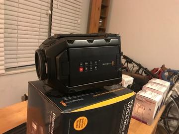 Rent: Blackmagic URSA Mini 4K with V Battery Plate/Quick Release