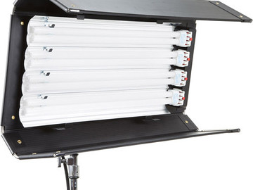 Rent: Kinoflo Diva 415 w/ stand and Flozier DAYLIGHT BULBS