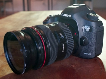 Rent: Canon 5D Mark III w/Lens, Card & Batteries