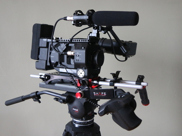 DELUXE Sony FS7 Kit w/ Metabones, Extension Unit +MORE!