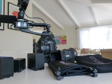 Rent: Canon C100 Dual Pixel AF