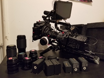 Rent: Sony FS700R cinema pack  + 8 lenses + Odissey 7Q+ 6 Battery