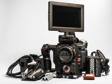 Rent: RED EPIC W HELIUM SENSOR 8K S35 w/4x 98 Wh Batteries