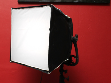 Rent:  Astra 4X Daylight LED Panel