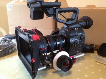 Rent: Canon c300 pl mount new
