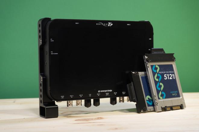 Odyssey 7Q+ | All Licenses (RAW, Apollo, Titan) + 2 x 512Gb