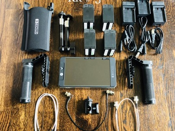 Rent: SmallHD 702 Bright kit #3 (Batteries and Cage)