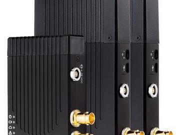 Rent: Teradek Bolt 500 Transmitter with 2 Receivers (SDI)  Kit