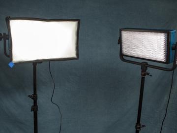 Rent: Dracast 500 Pro LED Daylight- 2 Light Kit