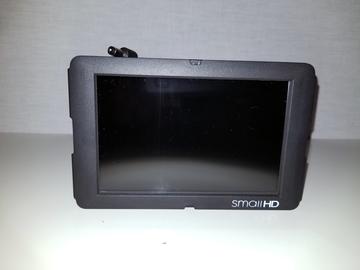Rent: SmallHD DP6 SDI HDMI LCD Field Monitor