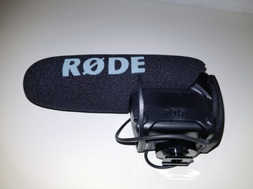 Rent: Rode VideoMic Pro Condenser Microphone