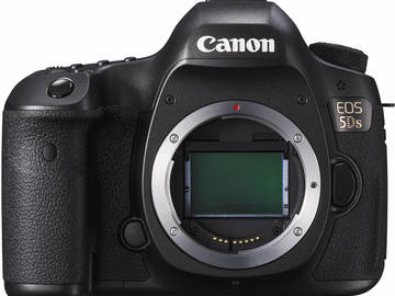 Rent: CANON | EOS 5DS | 50.6 MP | W. EF 24-70MM KIT