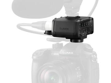 Rent: XLR Microphone Adaptor