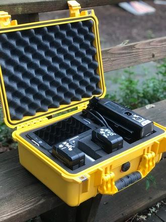 Small HD 702 Bright v mount kit.
