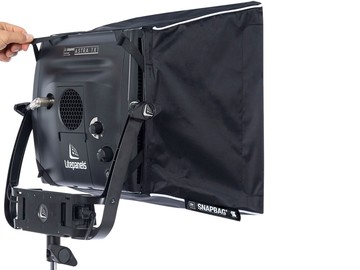 Rent: 2 Litepanels Astra 6x Bi-Color- ADVANCED KIT with EXTRAS