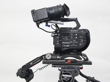 Rent: Sony PXW-FS7 Package (1 of 2)
