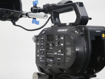 Rent: Sony PXW-FS7 Package (2 of 2)