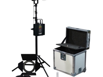 Rent: K 5600 Lighting Joker-Bug 400W HMI Kit - With Chimera