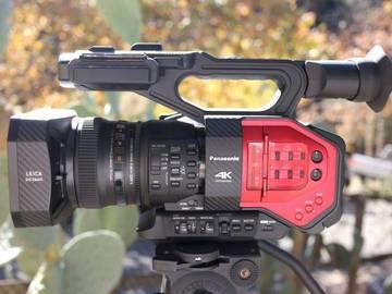 Rent: Panasonic AG DVX 200      4k,  tripod, media 512 gb cards,