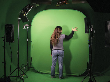 Rent: Collapsible Green Screen/Chroma Background - 8 x 16'