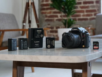 Rent: Panasonic Lumix DMC-GH2 Package
