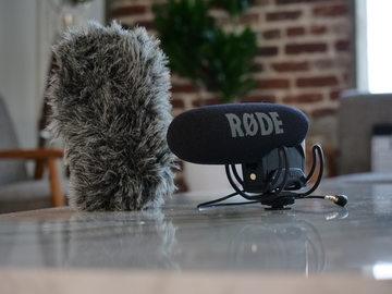 Rent: Rode DSLR VideoMic Pro R Shotgun Mic+ Deadcat