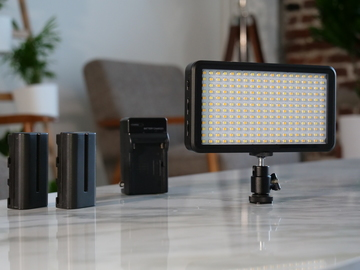 Rent: Gigalumi W228 LED Light Small and Lightweight