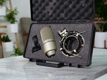 Rent: MXL 990 Studio Mic