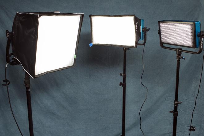 LED 3 Light Interview Kit w/V-Mount Batteries