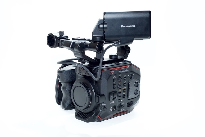 Panasonic AU-EVA1 5.7K S35 Cinema Camera