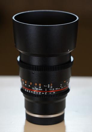 Rokinon Cine DS Lens 85mm T1.5 (Sony E-Mount)