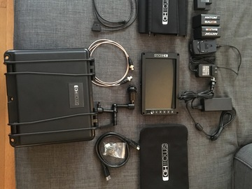 SmallHDs 702 OLED On-Camera Kit