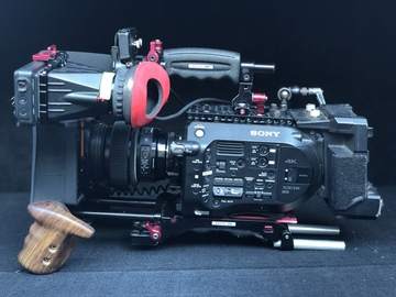 Rent: Sony FS7 ENG / Documentary Package #01