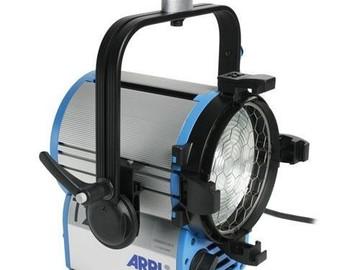 Rent: ARRI T2 2000W Fresnel Light
